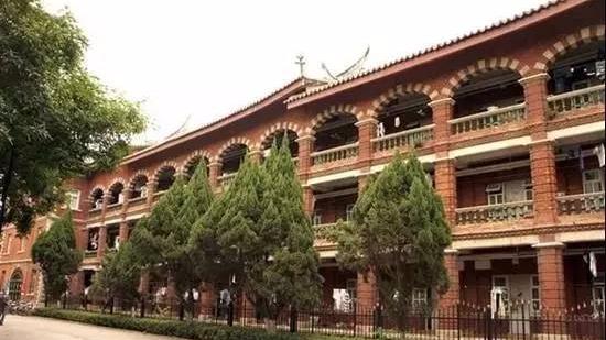 看看中国十大豪华大学宿舍,你的目标学校上榜了吗?-封面